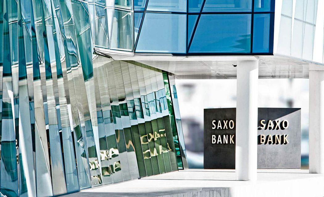 sídlo Saxo porovnanie brokerov