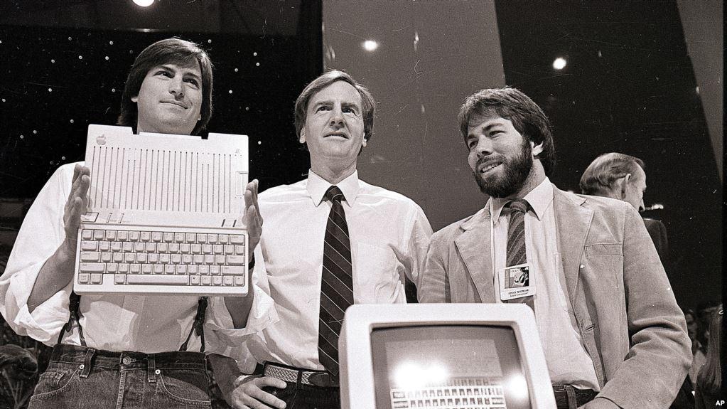 Zakladatelia spoločnosti Apple